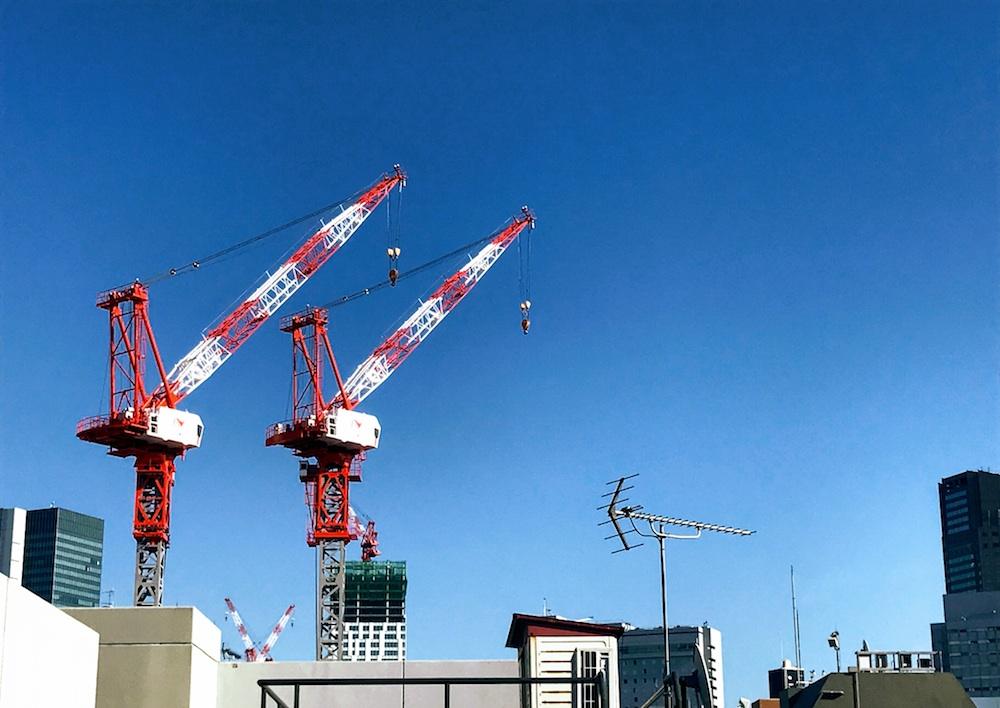 自宅から眺める渋谷の光景。渋谷ビデオスタジオ跡地に高層ビルを建設中。