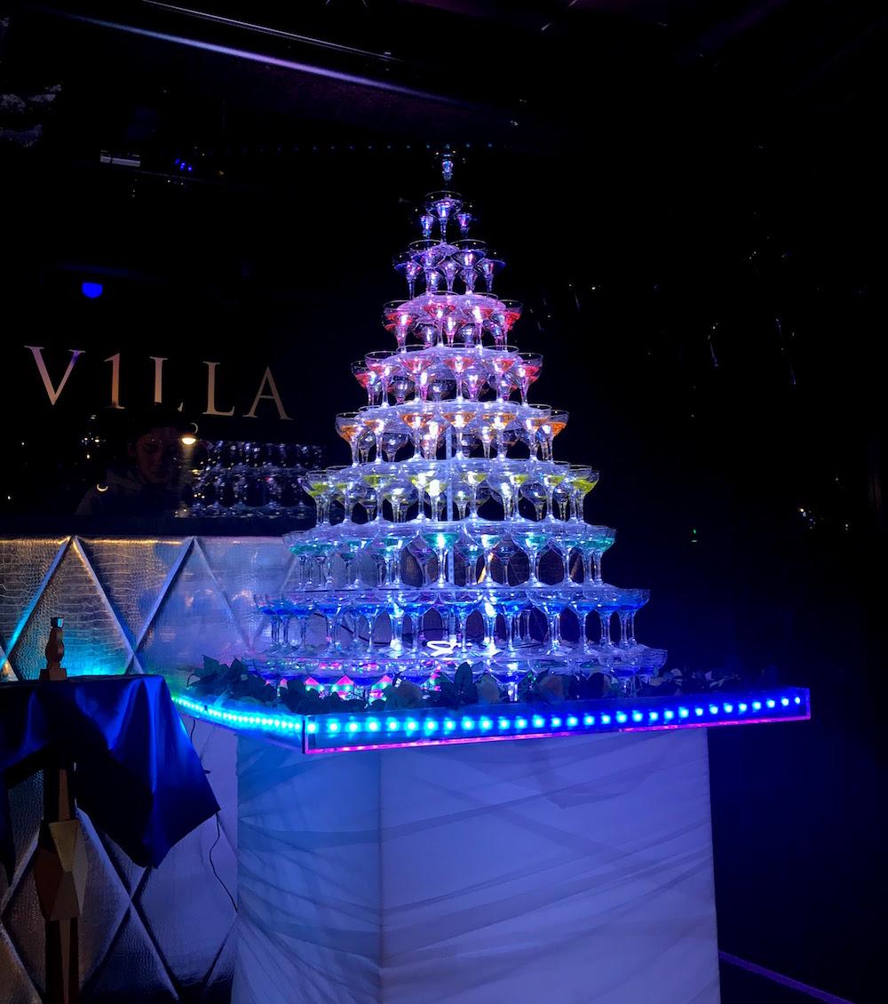 Champagne Tower(シャンパンタワー)/V2 TOKYO,Roppongi(六本木)