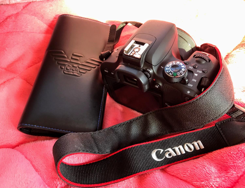 EMPORIO ARMANI 財布 & CANON 一眼レフカメラ