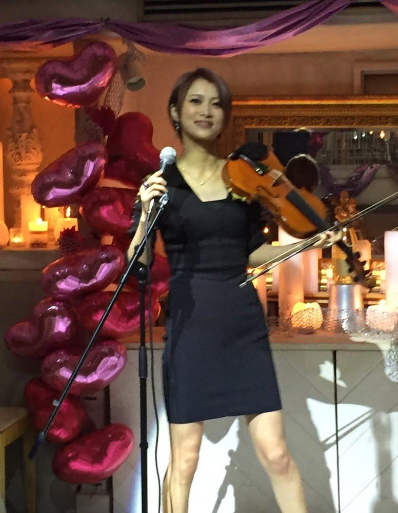 AYASA(あやさ)美人ヴァイオリニスト