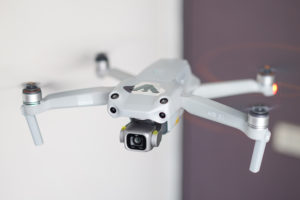 DRONE「DJI AIR2S」離陸
