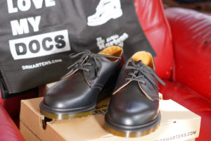 Dr.Martens(ドクターマーチン)靴 & LOVE MY DOCS BAG
